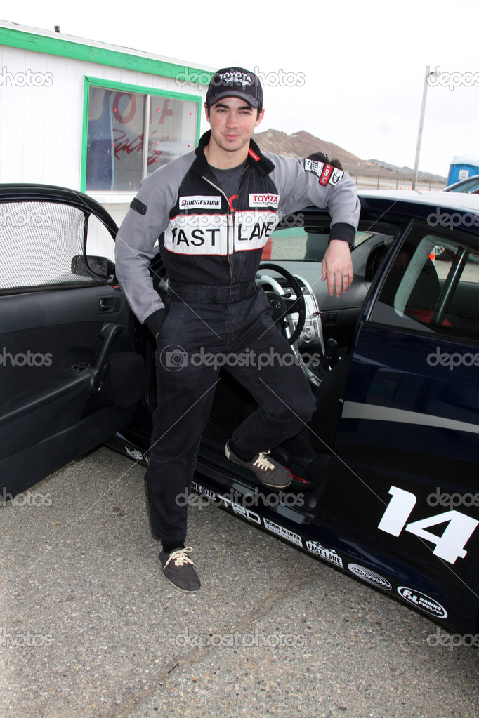 LOS ANGELES - MAR 19: Kevin Jonas at the Toyota Pro-Celebrity Race Training Session at Willow Springs Speedway on March 19, 2011 in Rosamond, CA — Stock Photo #12911879