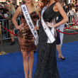 Miss Californi2011 Katherine Blair & Miss US2011 AlyssCampanella — Stock Photo #12921210