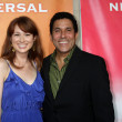 Ellie Kemper & Oscar Nunez — Stock Photo