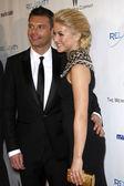 Ryan Seacrest, Julianne Hough — Stock Photo