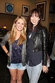 Natalie Hall & Brittany Allen — Stock Photo