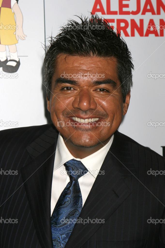 "George lopez arrivando presso il padres contra el cancer 2008 ""el sueno de esperanza"" gala al grand ballroom di los angeles, ca il 7 ottobre 2008 — Foto di ... - depositphotos_12921478-George-Lopez"
