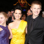 AnnaSophia Robb, Carla Gugino, Alexander Ludwig — Stock Photo