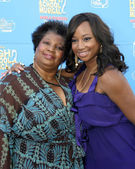 Monique Coleman & Mother — Stock Photo