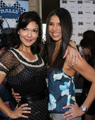Laura Harring & Roselyn Sanchez — Stock Photo