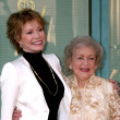 Mary Tyler Moore, Betty White — ストック写真