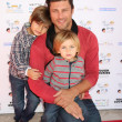 Greg Vaughn, and sons Jathan and Cavan - Stock fotografie