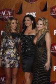 Ashley Monroe, Angaleena Presley, Miranda Lambert of The Pistol Annies — Stock Photo