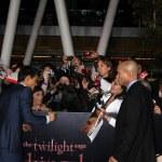 Постер, плакат: Taylor Lautner signing autographs