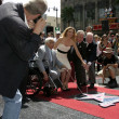 Постер, плакат: Jeff Bridges photographing Michelle Pfeiffer