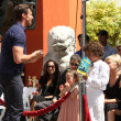 Hugh Jackman &amp; wife Deborra-Lee Furness, with Daughter Ava, and Son Oscar - Lizenzfreies Foto