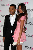 Singer John Legend (L) and model Chrissy Teigen — Stock Photo
