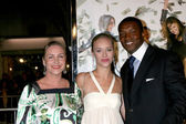 Katarina & Josephine Jacob, Roger Cross — Stock Photo