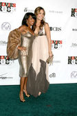 Regina King & Molly Sims — Stock Photo