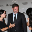 Постер, плакат: Courteney Cox David Arquette and Vanessa Hudgens