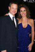 Gary Sinise & Melina Kanakaredes — Stock Photo