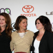 Jane Leeves, Wendie Malick, Valerie Bertinelli — Stock Photo #12987359