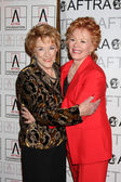 Jeanne Cooper & Kathleen Noone — Stock Photo