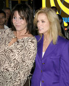 Donna Mills & Michelle Lee — Stock Photo