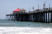 Celebrity Surfers at Huntington Beach Pier — Stock Photo