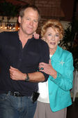 Kin Shriner, Jeanne Cooper — Stock Photo