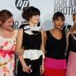 Kathryn Hahn, Zooey Deschanel, Rashida Jones, and Elizabeth Banks — Foto de Stock
