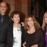 Steve Silverman, his Mom, Denise Alexander, Genie Francis — Stock Photo