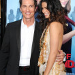 Matthew McConaughey &amp; Camila Alves - Zdjcie stockowe