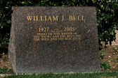 William J. Bell Grave — Stock Photo