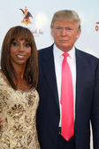 Holly Robinson Peete & Donald Trump — Stock Photo