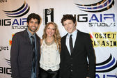 Adrian Grenier,Brooke Nevin,Gabriel Sunday — Stock Photo