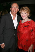 Bill Bell Jr & Jeanne Cooper — Stock Photo