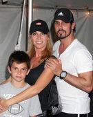 Cindy ambuel, don diamont i syn luca — Zdjęcie stockowe