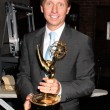 Bradley Bell with 2009 Emmy for Best Show — Stock Photo