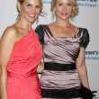 Lori Loughlin & Christina Applegate — Stock Photo