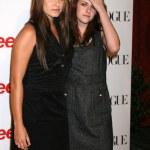 ������, ������: Nikki Reed Kristen Stewart