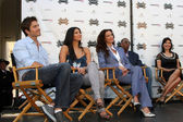 Eric Winter & Roselyn Sanchez, Sofia Milos & Laura Harring — Foto Stock
