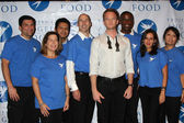 Neil Patrick Harris and Project Angel Food Volunteers — Stock Photo