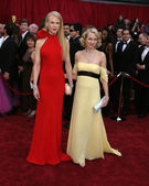 Nicole Kidman & Naomi Watts — Stock Photo