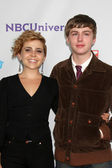 Mae Whitman, Miles Heizer — Stock Photo