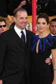 Sandra Bullock & husband Jesse James — Stock Photo