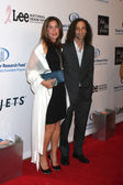 Kenny G & wife — Stock Photo