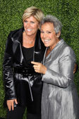 Suze Ormond, girlfriend Kathy Travis (KT) — Stock Photo