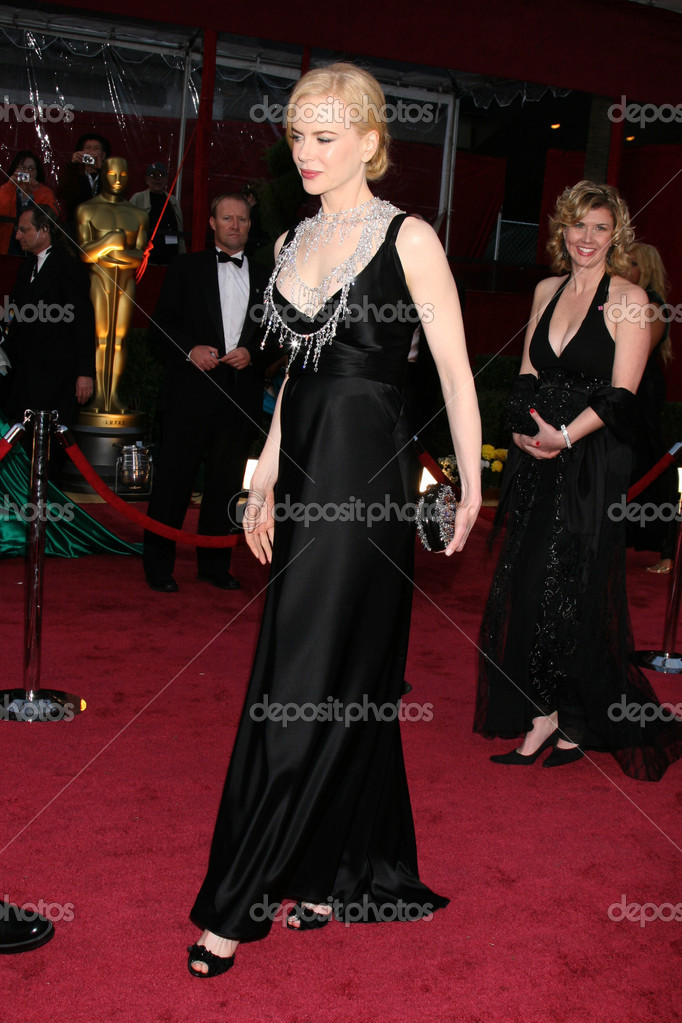 Nicole Kidman at the 80th Academy Awards (Oscars) at Kodak Theater in Los Angeles, CA on February 24, 2008 — Stock Photo #13036440