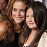 ������, ������: Kelly Preston and Ella Bleu Travolta