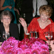 Jeanne Cooper & Her sister Evelyn — Stock Photo