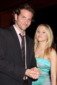 Bradley Cooper & Kristen Bell — Stock Photo