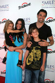 Gilles Marini, wife Carole, son George and daughter Juliana — Stock Photo