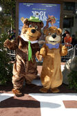 Yogi Bear & BooBoo — Stock Photo