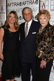 Maria Arena Bell, Paul Rauch, Jeanne Cooper — Stock Photo